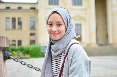 Ups Tutupi Wajah Bulat Kamu Dengan Trik Hijab Ini Aja Ladies