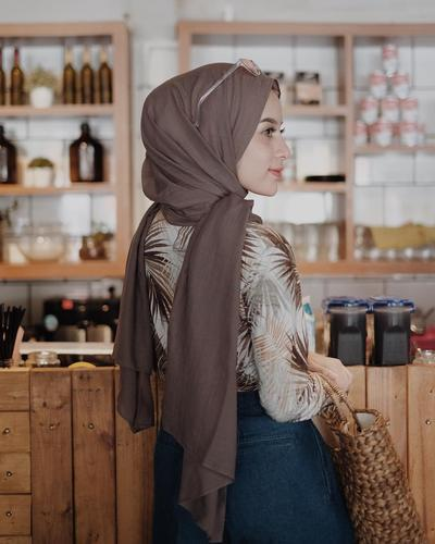 Cocok Untuk Segala Occasion Ini Gaya Hijab Simple Dan Elegan Yang Wajib Kamu Coba